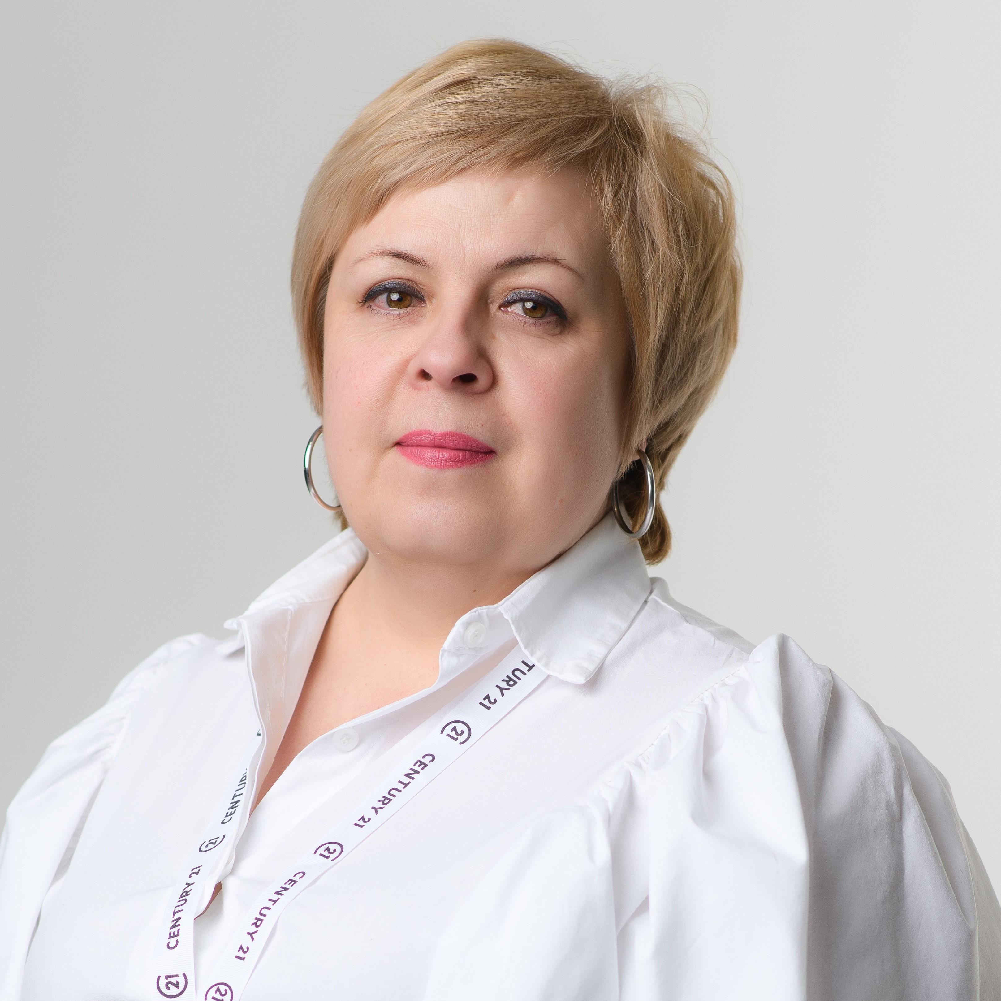Поповцева Ирина