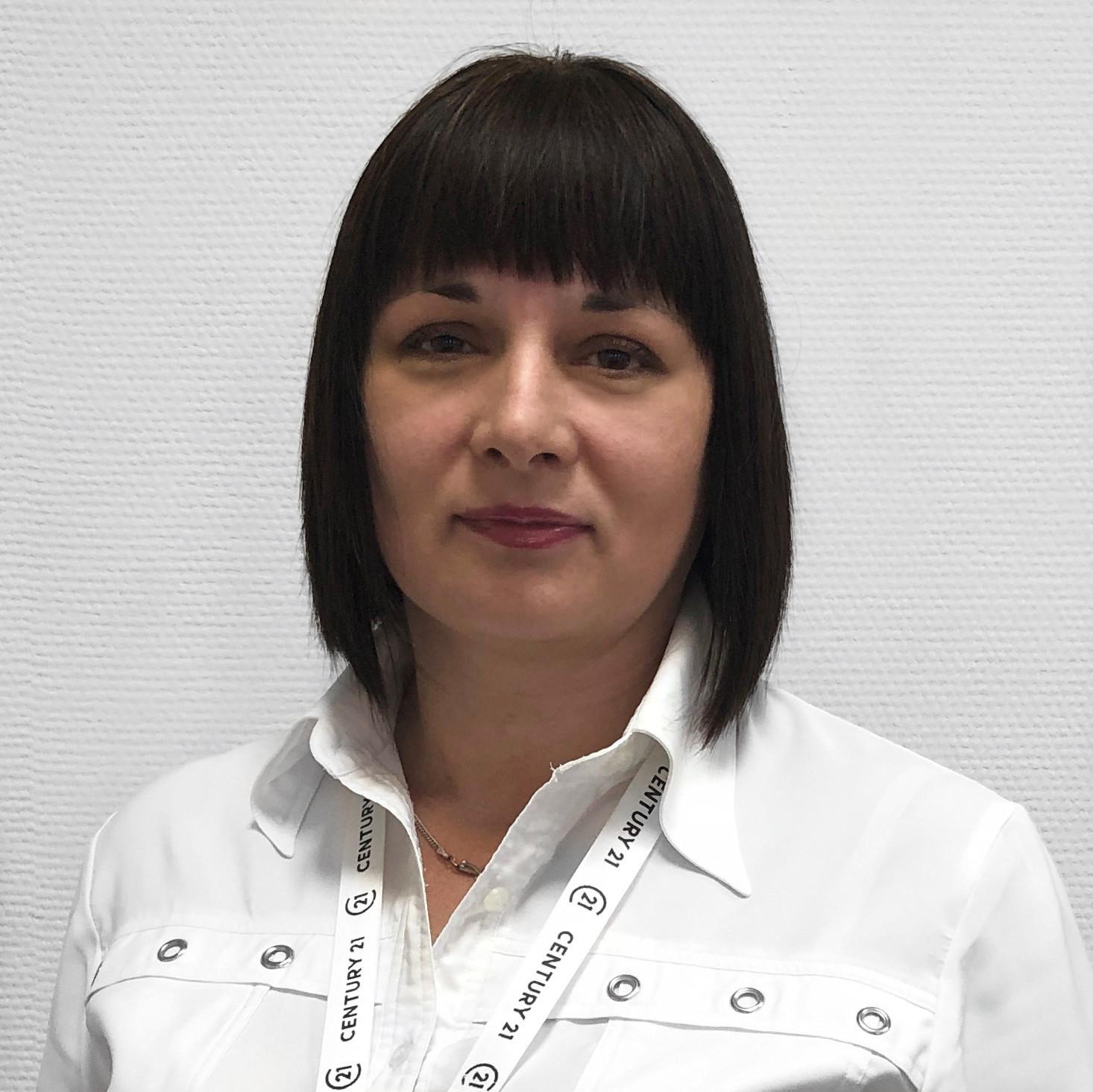 Костяева Елена