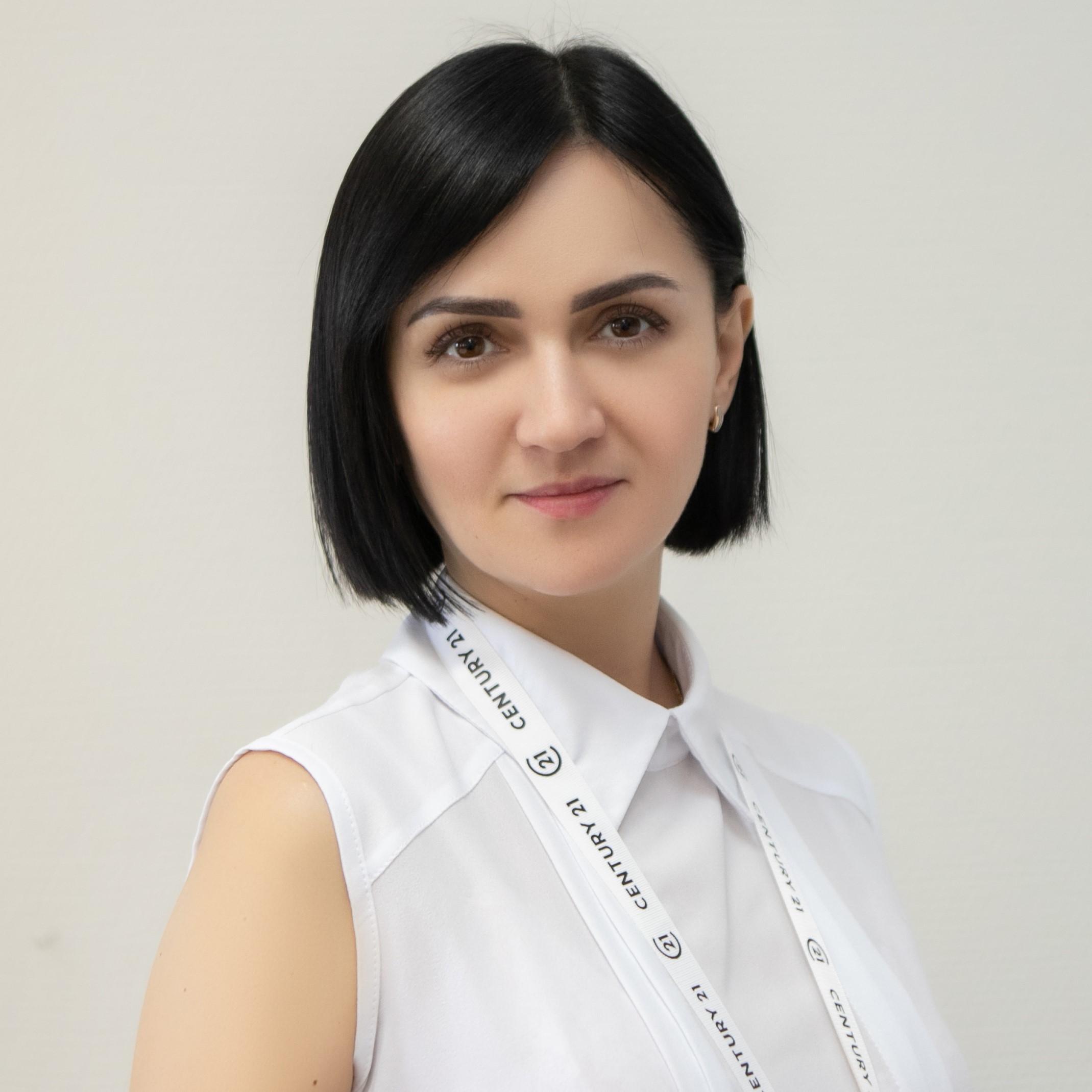Казаринова Людмила