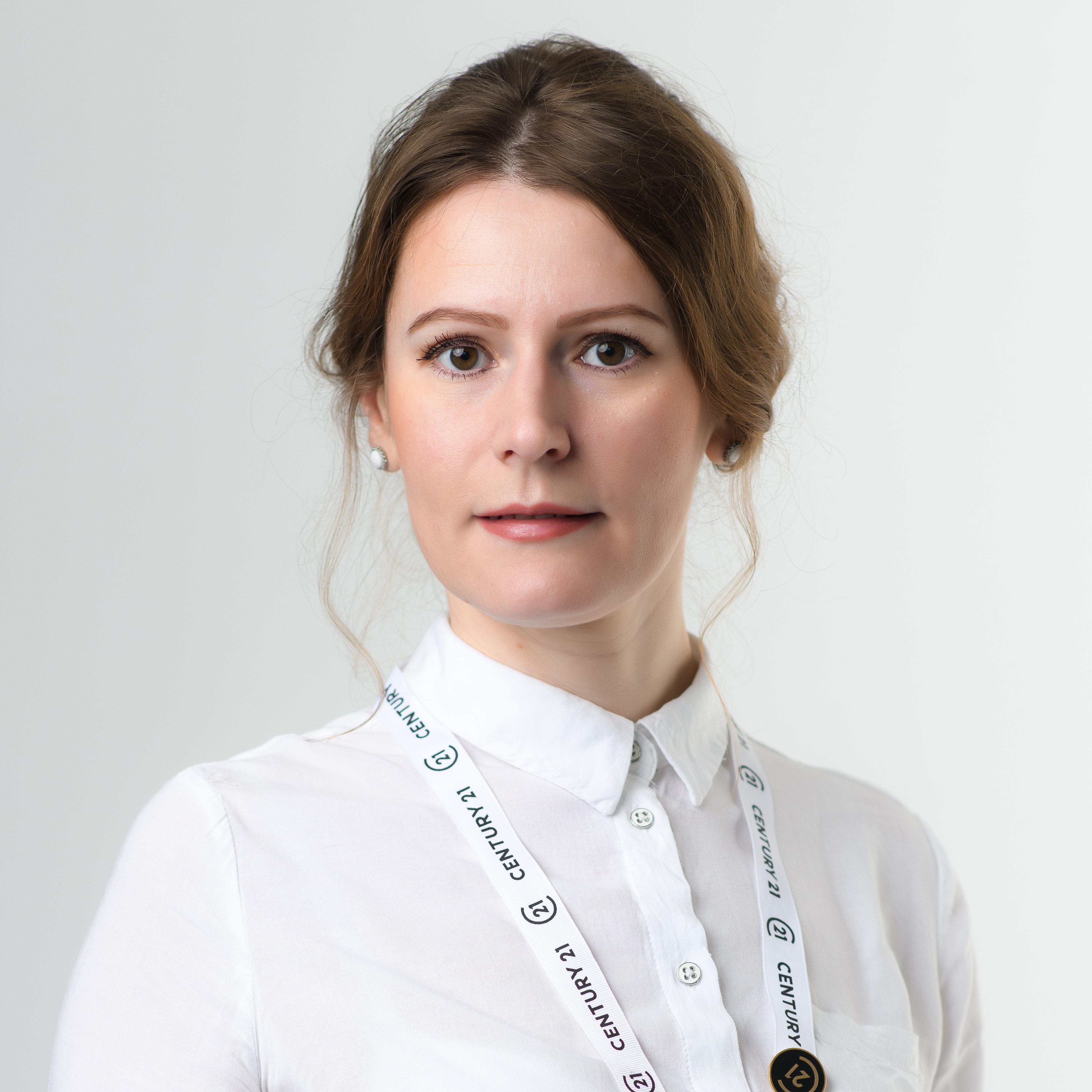 Уездная Наталья